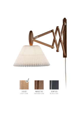 LE KLINT SAX 223 - 2/17 - Light oak with standard shade