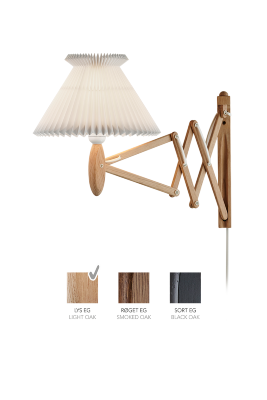 LE KLINT SAX 224 - 6/17 - Light oak with standard shade