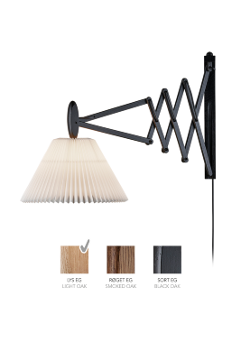 LE KLINT SAX 233 - 2/21 - Light oak with standard shade