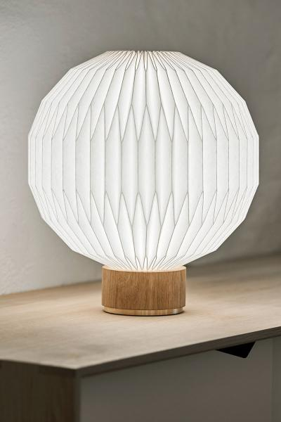 Model 375 - Small table lamp - Paper shade
